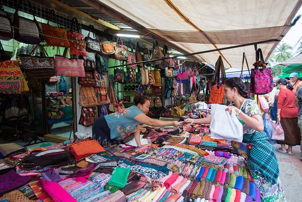 Ta Lat Sao (Morning Market)